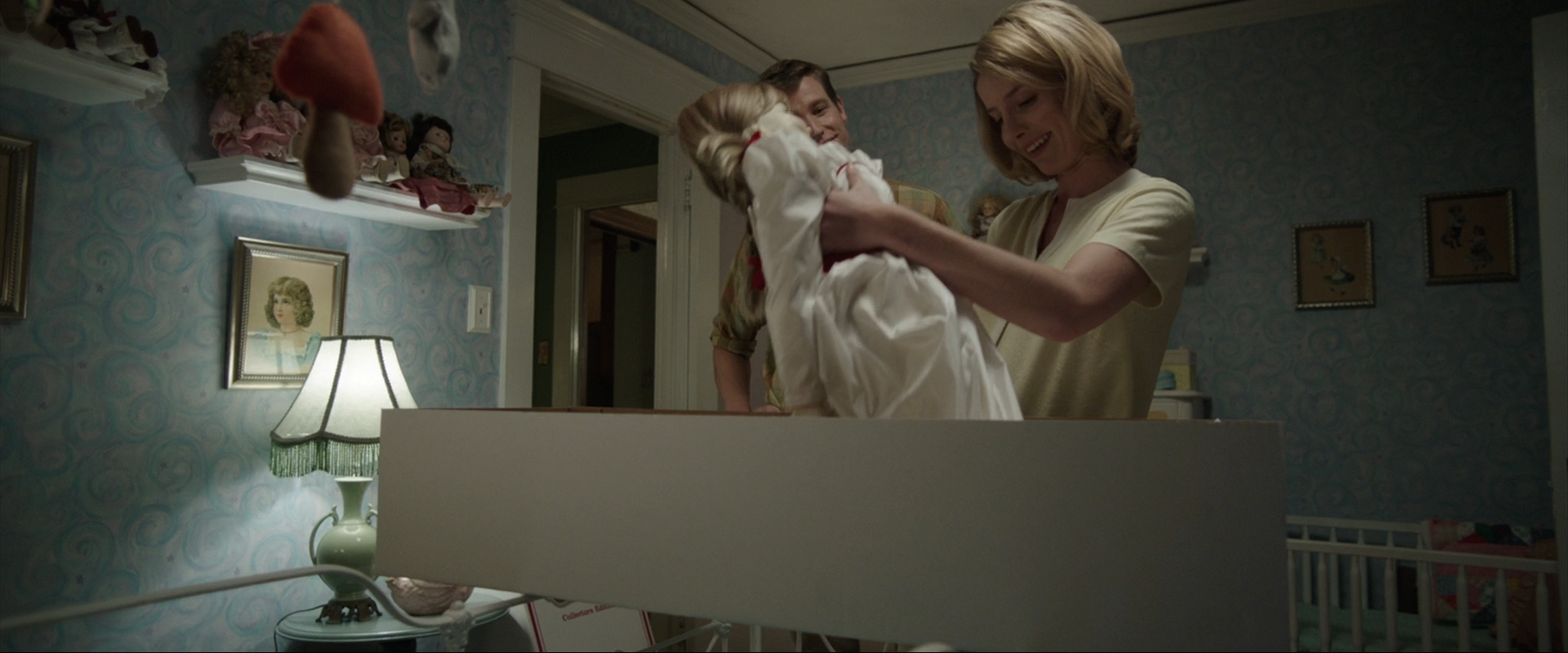 ��������� �������� / Annabelle (2014) BDRip 1080p